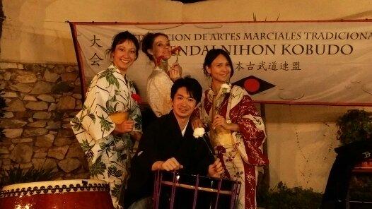 Keita Kanazashi con Seiwa Taiko y Keina Kono